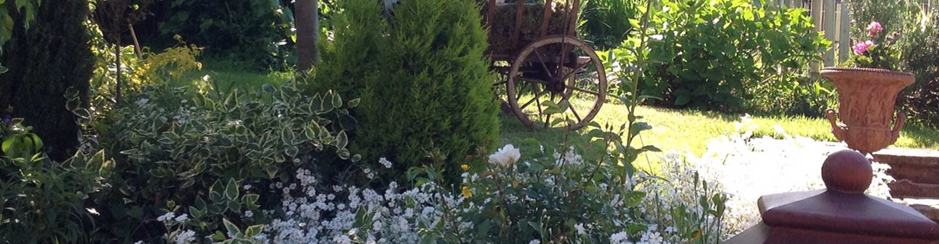 Garden by The Barn and The Stable